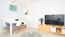 HomeHolidaysRentals Apartamento Blue Beach - Costa Barcelona