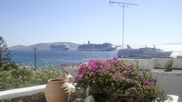 Apartment Mykonos Town Panorama Sleeps 4