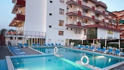 Club Hotel Gallia
