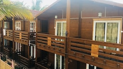 Casa Obrigado Beach Cottages Goa