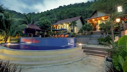 Nipah Pool Villas & Restaurant