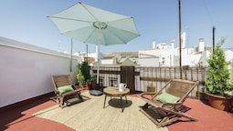Home Club Maestranza Apartments