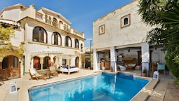 Villa With 8 Bedrooms in Altea, With Wonderful sea View, Private Pool,