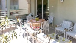 Apartment With 2 Bedrooms in Fréjus, With Balcony and Wifi