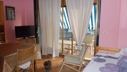 Apartment With one Bedroom in Giardini Naxos, With Wonderful sea View,