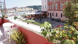 Apartment With one Room in Rovinj, With Wonderful sea View, Furnished