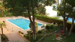 Apartment With 2 Bedrooms in L'escala, With Wonderful sea View, Pool A