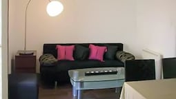 Apartment in Cannes Offering Every Comfort, 100 Meters From the Croise