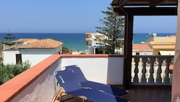 Apartment With 4 Bedrooms in Alcamo Marina, With Wonderful sea View, F
