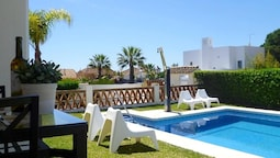Villa With 3 Bedrooms in Marbella, With Wonderful sea View, Private Po