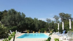 House With 3 Bedrooms in Porto-vecchio, With Pool Access, Enclosed Gar