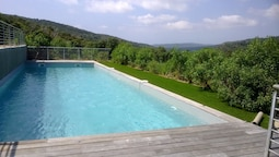 House With 3 Bedrooms in Bonifacio, With Wonderful Mountain View, Pool