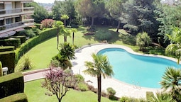 Apartment With one Bedroom in Cannes, With Pool Access and Enclosed Ga