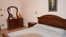 Apartment With 2 Rooms in Avola, With Enclosed Garden and Wifi 120 m F