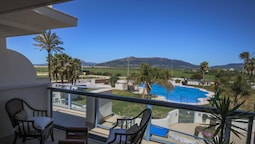 Apartment With 2 Rooms in Tarifa, With Wonderful sea View, Pool Access
