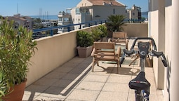 Apartment With 2 Bedrooms in Fréjus, With Wonderful sea View, Furnishe