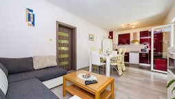 Apartment With 3 Bedrooms in Zadar, With Enclosed Garden and Wifi - 1