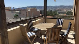 Apartment With 2 Bedrooms in Antibes, With Wonderful sea View and Terr