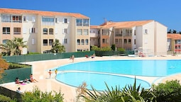 Apartment With one Bedroom in Fréjus, With Pool Access, Enclosed Garde