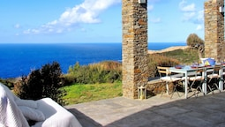 Villa With 3 Bedrooms in Cyclades, With Wonderful sea View, Private Po
