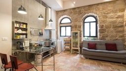 Best Location Jerusalem Stone Apartment