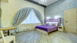 Guest rooms at Chaykovskogo 22