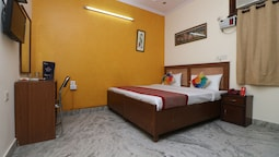 OYO 10113 Hotel New Corporate Residency