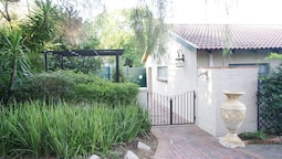 Pepper Tree Guest House