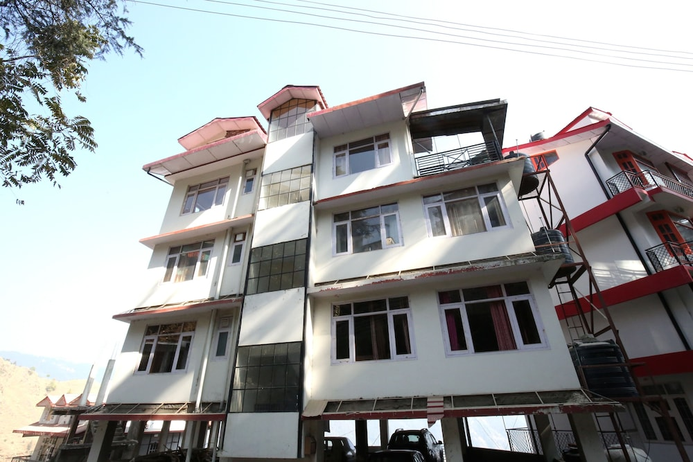 OYO 10083 Home Golden Forest View 2BHK Bhattakufer