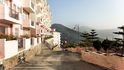 OYO 10085 Home Hill View 2BHK Kamyana