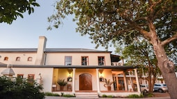 Lovane Boutique Wine Estate & Guesthouse