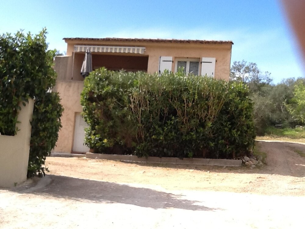 House With one Bedroom in Porto-vecchio, With Enclosed Garden and Wifi