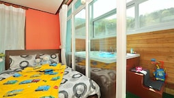 Gapyong Arno Kids Spa Pension