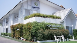 Nan Nakara Boutique