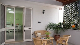 Apartment With 2 Bedrooms in Torre Dell'orso, With Furnished Balcony -