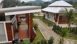 Slow Life Sabaidee Pai Bed & Breakfast