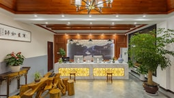 Wuzhen Hundred paces Boutique Hotel