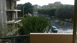 Apartment With 2 Bedrooms in Cagliari, With Wonderful City View, Furni