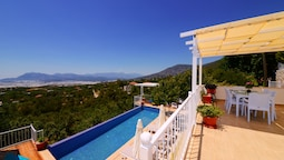 KAL3100 Villa Murat 3 Bedrooms