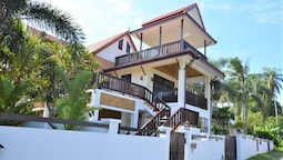 Amintra 4 Villa for rent Koh Lanta
