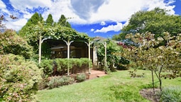 Raspberry Terrace of Leura