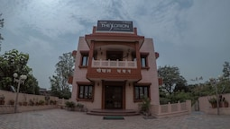 Hotel The  Orion Gopal Bhawan