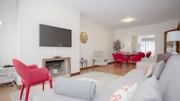 Liiiving in Matosinhos- Seaside Delight Apartment