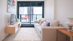 Auckland CBD Brand New 2 BDR Apartment