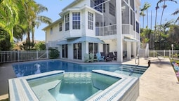 Spinnaker Dr. 490 Marco Island Vacation Rental 4 Bedroom Home
