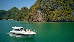 Vietyacht Marina Club - Halong Bay Cruise
