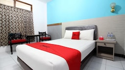 RedDoorz Plus Syariah near Lempuyangan Station 3