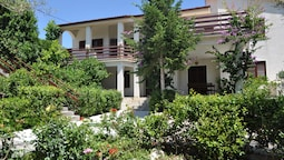 Dolac Guesthouse