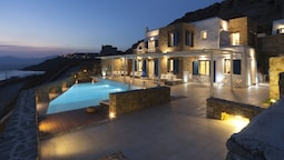 180 ° View PRIVATE Pool Villa Choulakia to enjoy SUN kissing SEA
