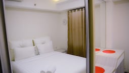 2 Bedrooms The Wave Kuningan Apartment by Travelio